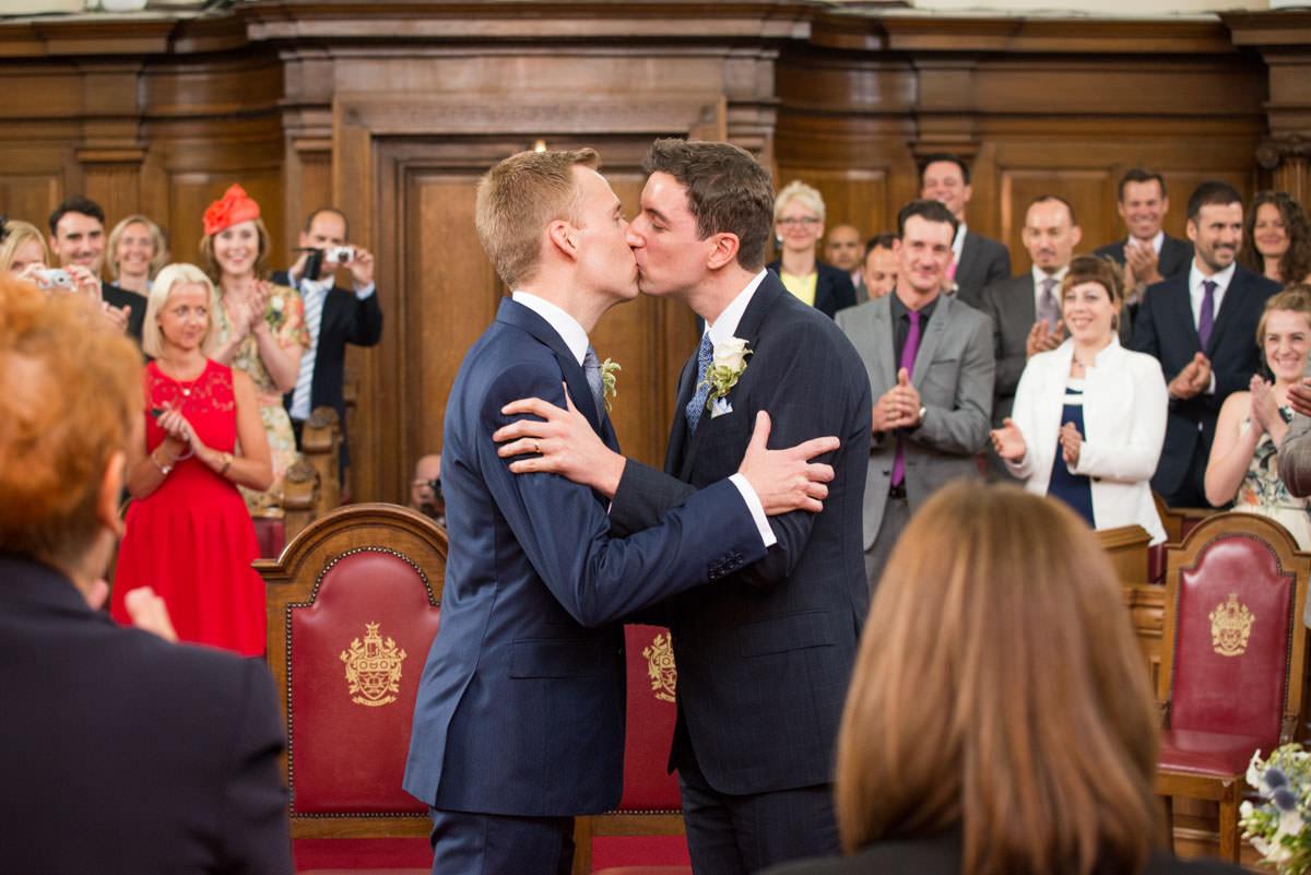 london gay wedding, gay weding blog, same sex wedding, gay wedding london, gay wedding islington, gay wedding supplier directory london