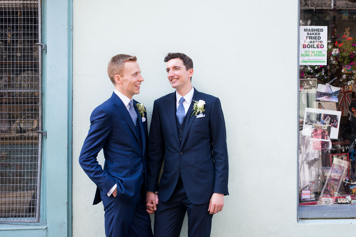 london gay wedding, gay weding blog, same sex wedding, gay wedding london, gay wedding islington, gay wedding supplier directory london