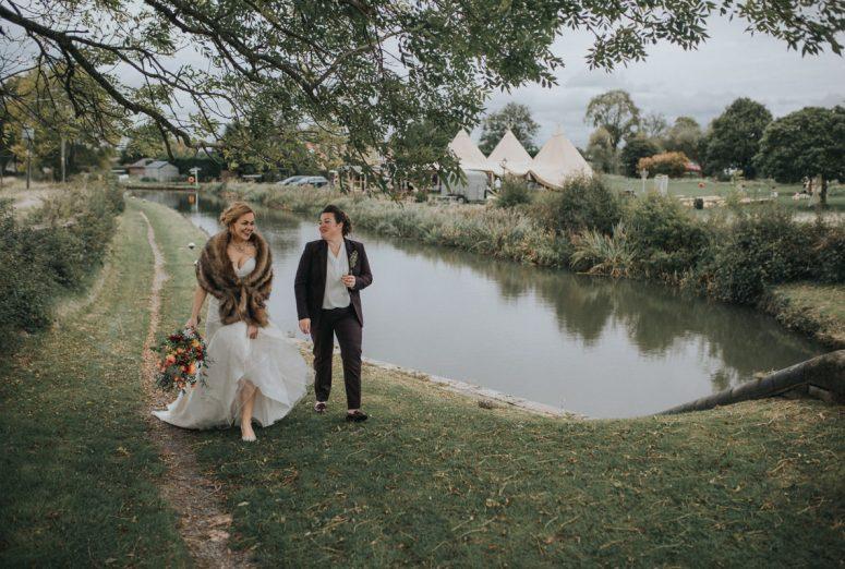 gay weding blog, same sex wedding, tipi wedding, gay wedding, gay wedding supplier directory london, Bridge House Barn wedding, Leicestershire same sex wedding