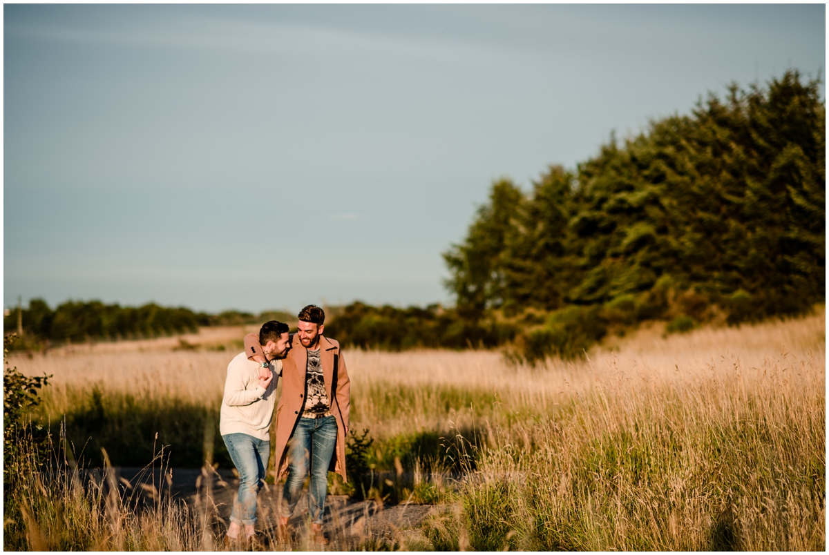 ROMANTIC ENGAGEMENT SHOOT IN THE FIELDS | GAY WEDDING BLOG